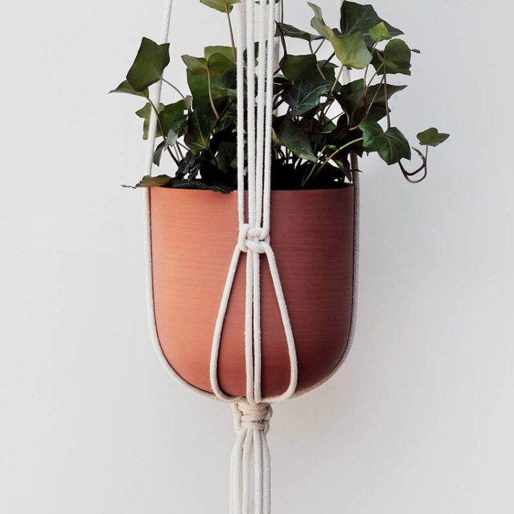 Pot en terre cuite fait main pour suspension en macramé, 27,77 € sur la boutique Etsy HandAndGloveStore