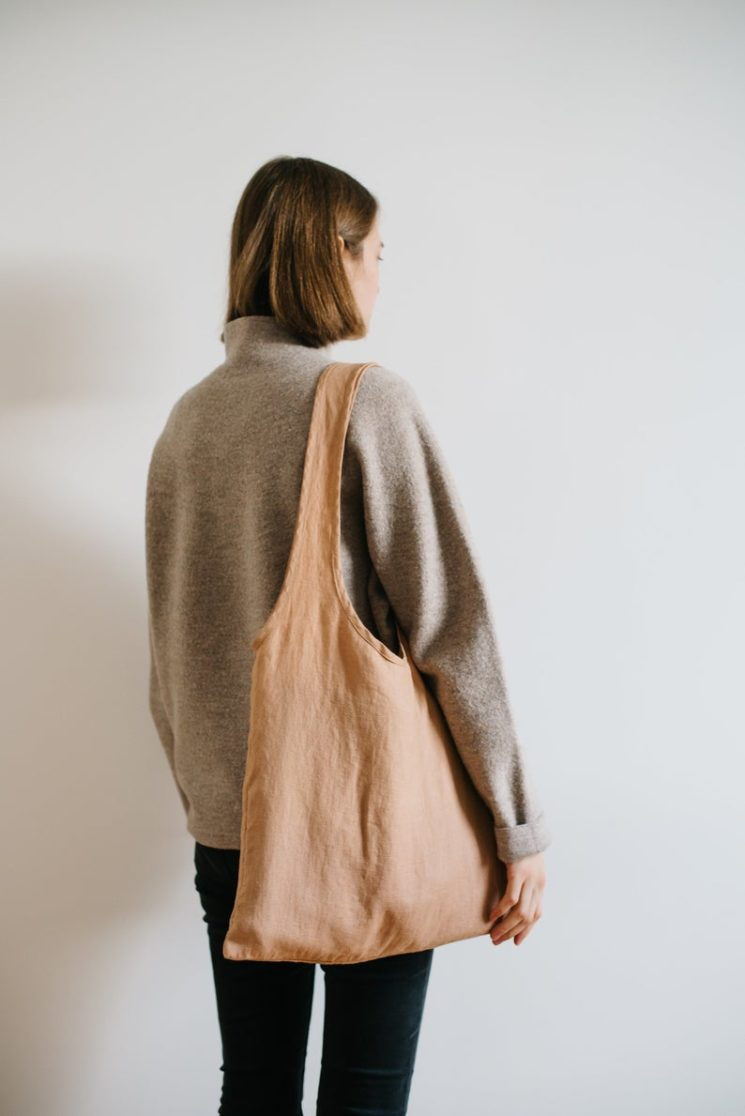 Sac minimaliste en lin, 24 € sur la boutique Etsy QuietObjects