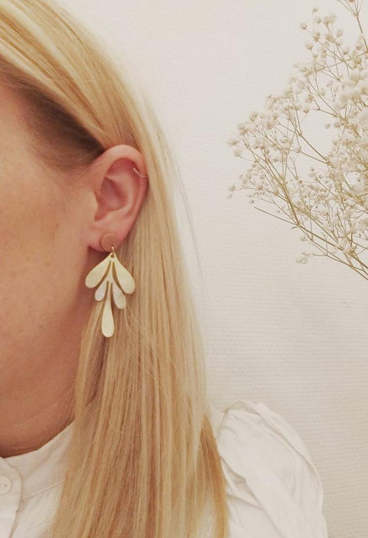 Boucles d'oreilles feuille, 28 € sur la boutique Etsy Tampala Bijoux