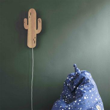 Applique murale en bois plaqué chêne, Cactus - Ferm Living