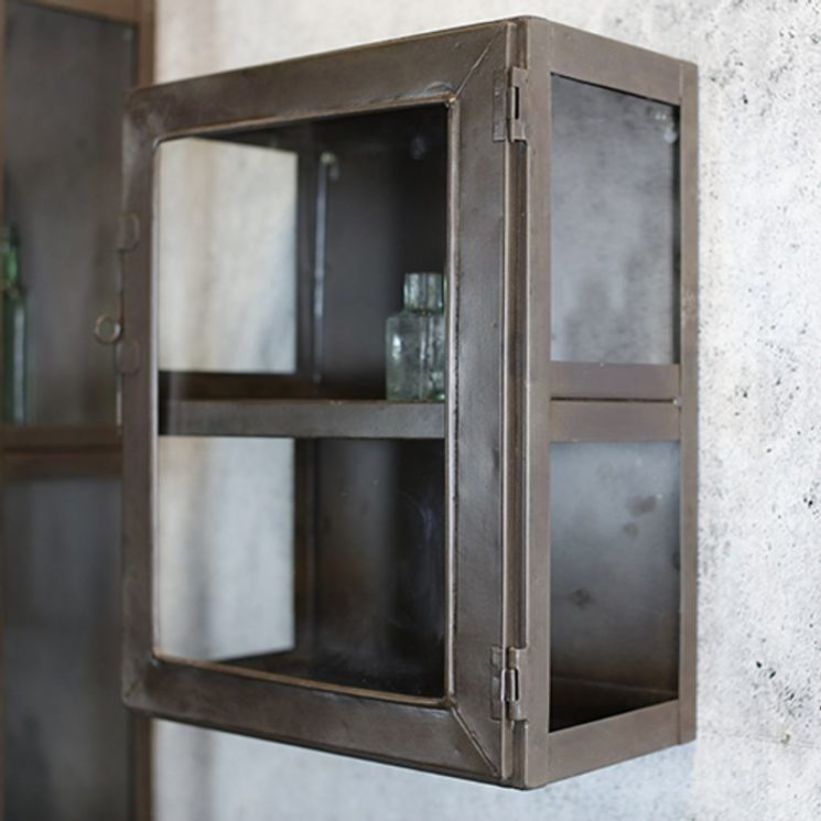 Vitrine en métal rouille, Kisari - Nkuku