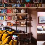 Une déco «color block» pour ce petit appartement