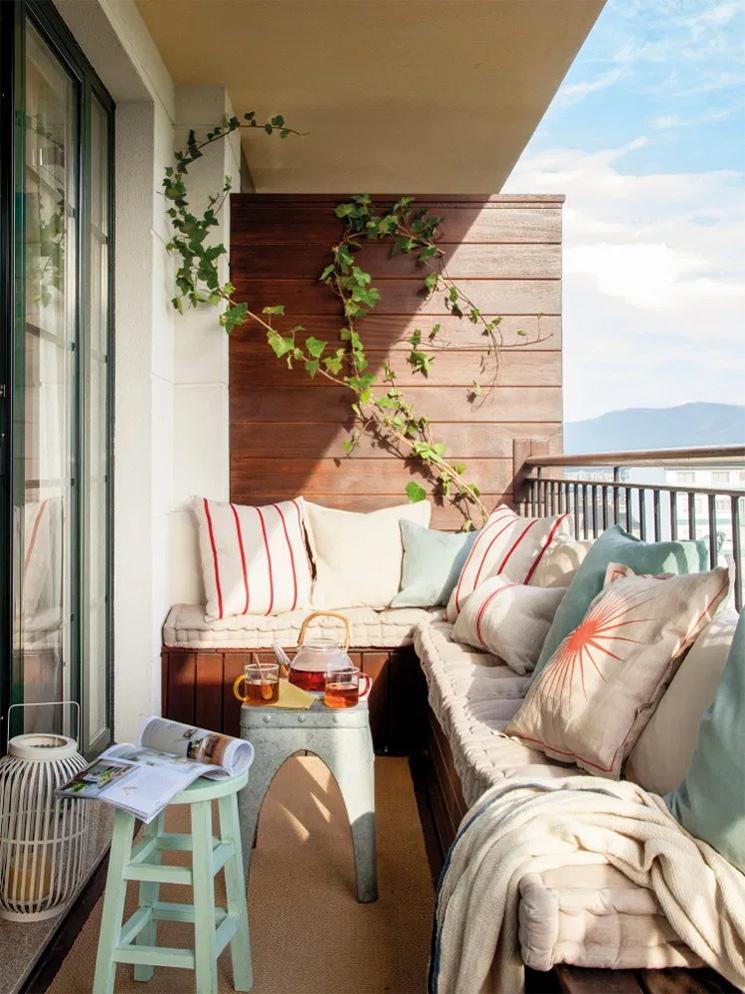Aménager son balcon avec une banquette - Design intérieur Celia Drego