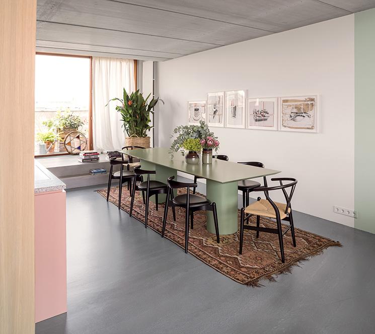 Vivre dedans/dehors || L'appartement avec terrasse de l'architecte d'intérieur Ester Bruzkus à Berlin