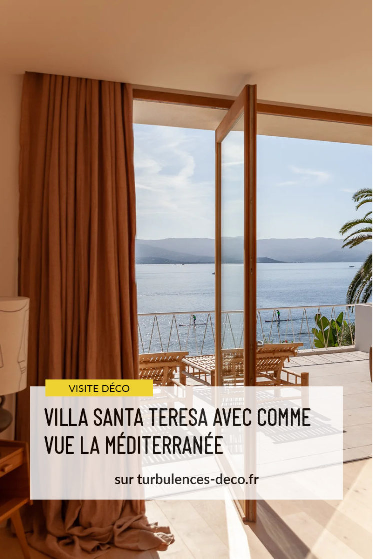 Villa Santa Teresa à Ajaccio avec comme vue la Méditerranée à retrouver sur Turbulences Déco