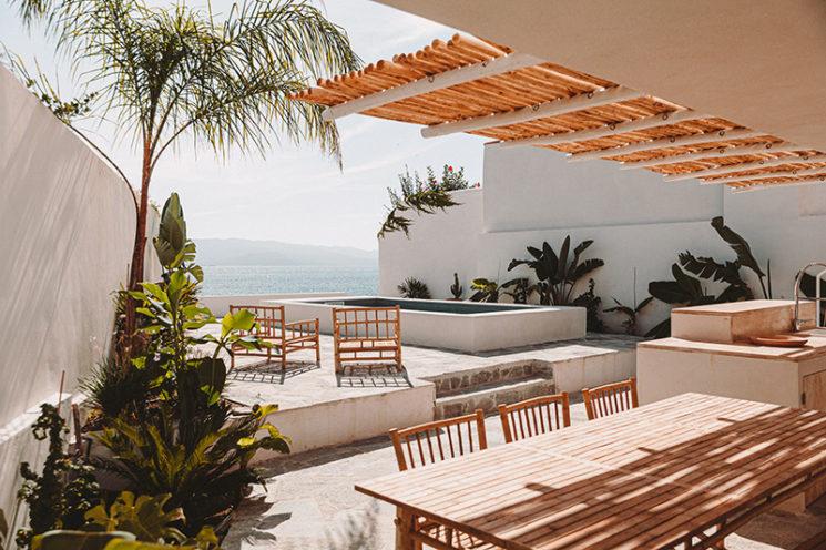 Villa Santa Teresa avec comme vue la Méditerranée au décor minimaliste, à louer près d'Ajaccio