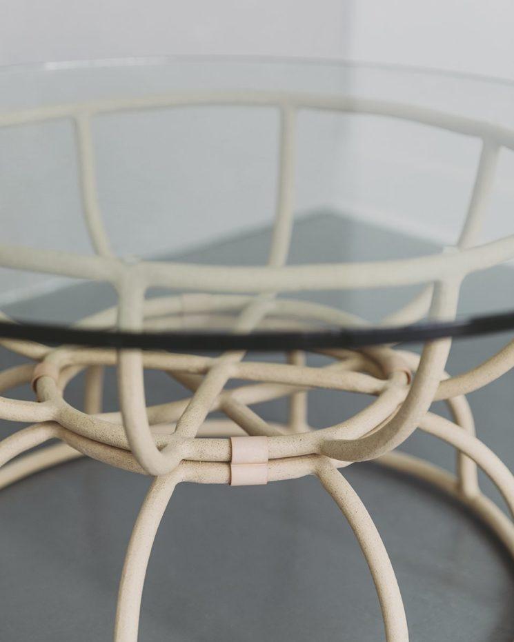Virginia Sin, une approche design de la céramique // Table basse Truss