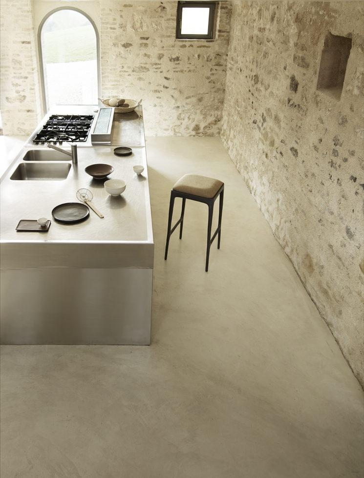 Le style méditerranéen rustique et dépouillé // Casa Olivi en Ombrie // Catalogue Tine K home SS2020