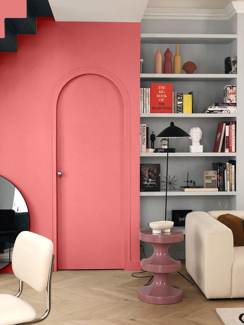 Collab' Maison Bineau + L'Appartement Parisien // Teinte Place des Vosges 003, Une entrée originale marquée d'un rose Pop