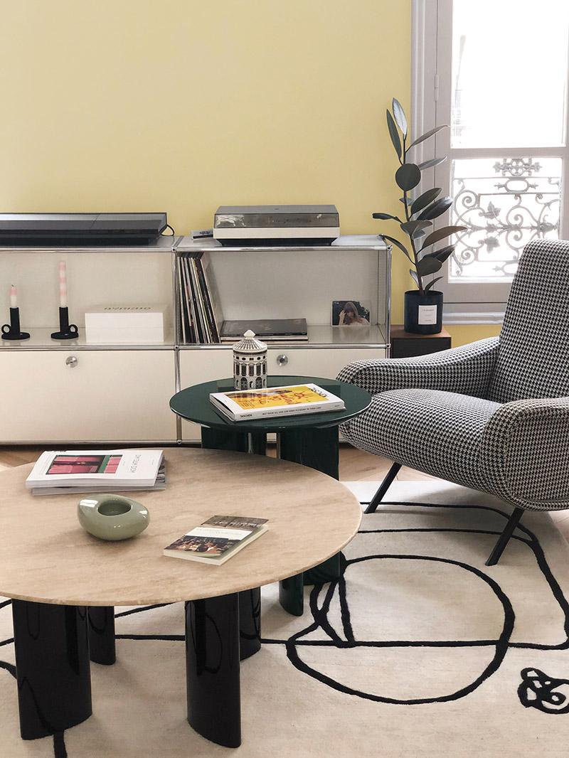 Collab' Maison Bineau + L'Appartement Parisien // Teintes Sacré Cœur 001 + Café de Flore 006 // Salon jaune paille et blanc grisé