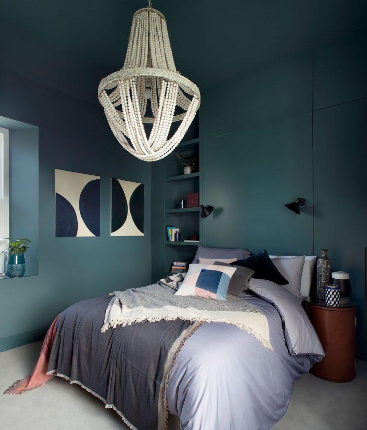 10 idées déco pour une chambre à coucher stylée // Opter pour une suspension XXL // Hôtel Bolton Coach House à dublin