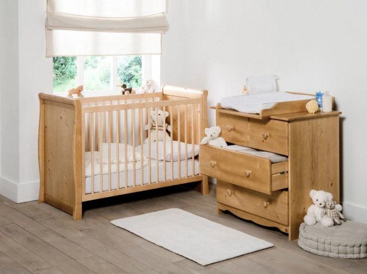 Lit bébé en pin teinté naturel, Méa - La Redoute Intérieurs