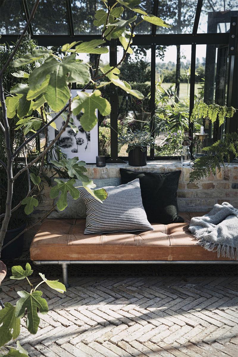 Aménager un jardin d'hiver dans sa véranda // Catalogue House Doctor