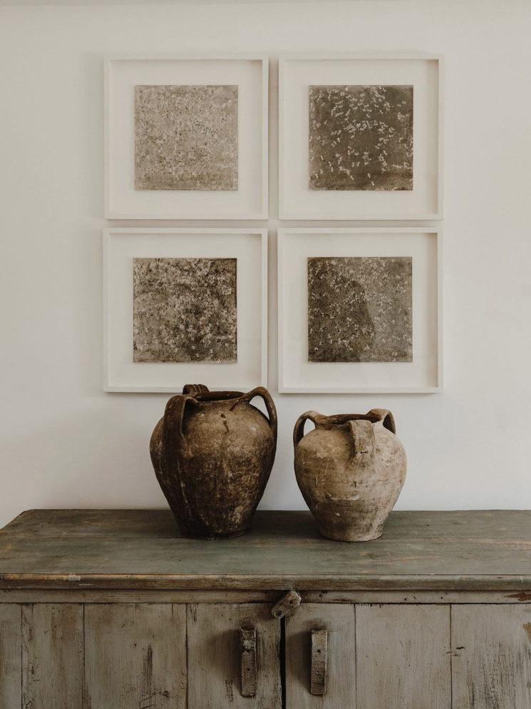 Le style méditerranéen rustique et dépouillé // La Villa Castelluccio dans les Pouilles - Rénovation par le studio Andrew Trotter