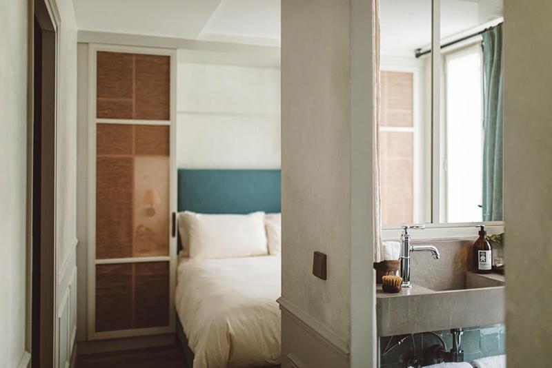 Hoy hôtel à Paris, une esthétique wabi sabi bohème