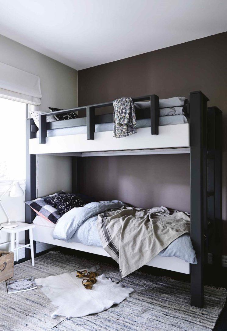 Adopter la fouta en décoration, en jeté de lit pour une ambiance scandinave ethnique minimaliste slow, même dans une chambre d'enfant