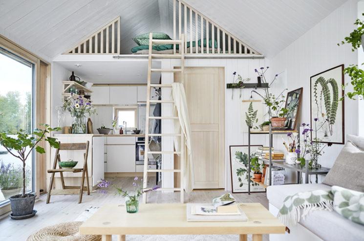 Maisons cabanes, maisons d'été en préfabriqué par la société suédoise Sommernöjen // Tout organiser dans 25 m2