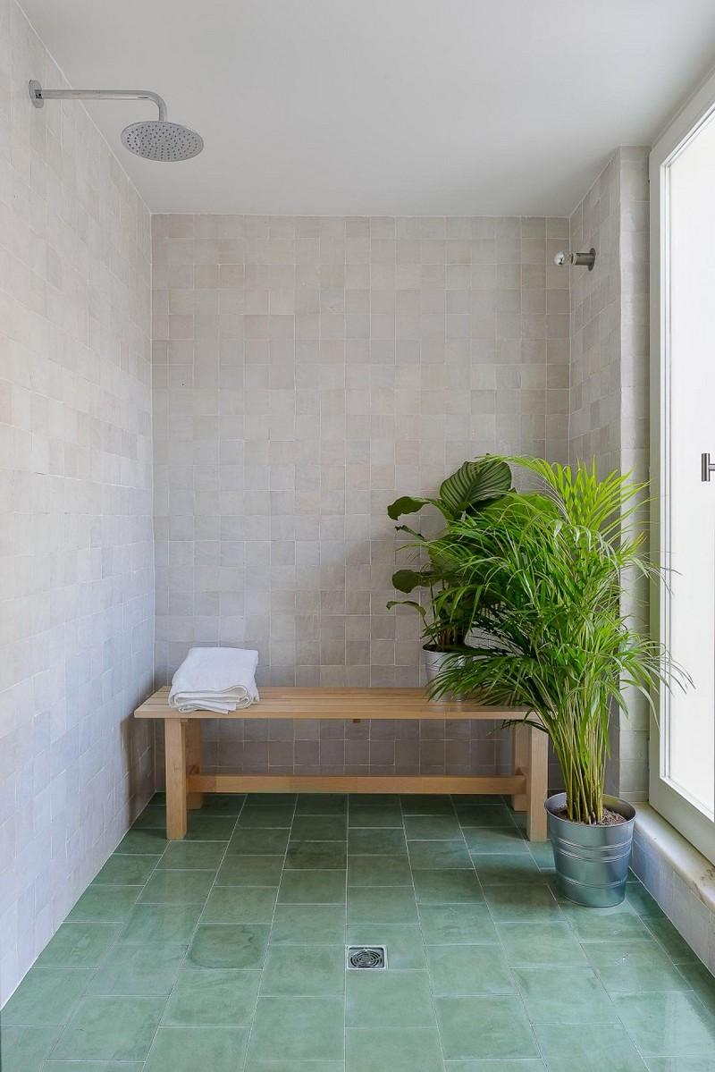 Des zelliges verts dans ma déco // Arriba Studio - Projet Bica do Sapato, à Lisbonne