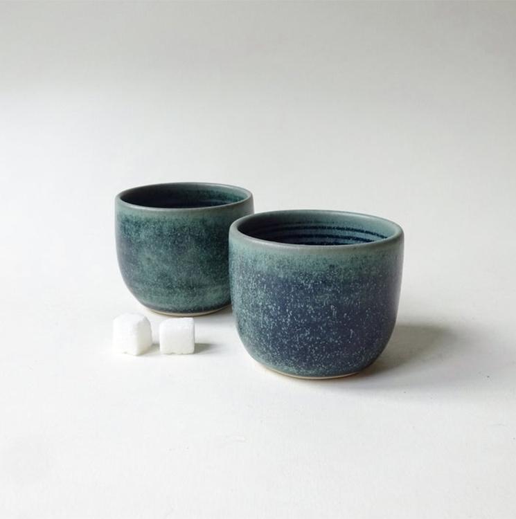 Ensemble de 2 petites tasses 210ml, vert sarcelle, 34,70 €, sur la boutique Etsy viCeramics