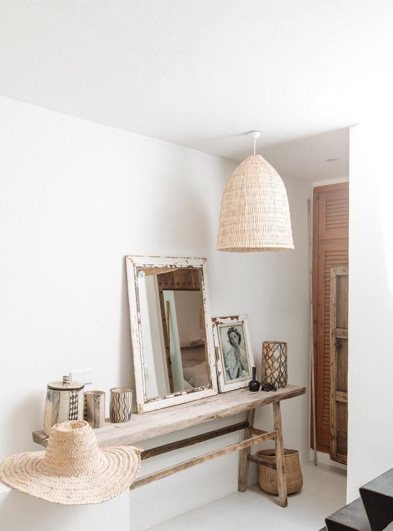Rêver d'évasion : un petit duplex à Ibiza à acheter... Une déco minimaliste et bohème