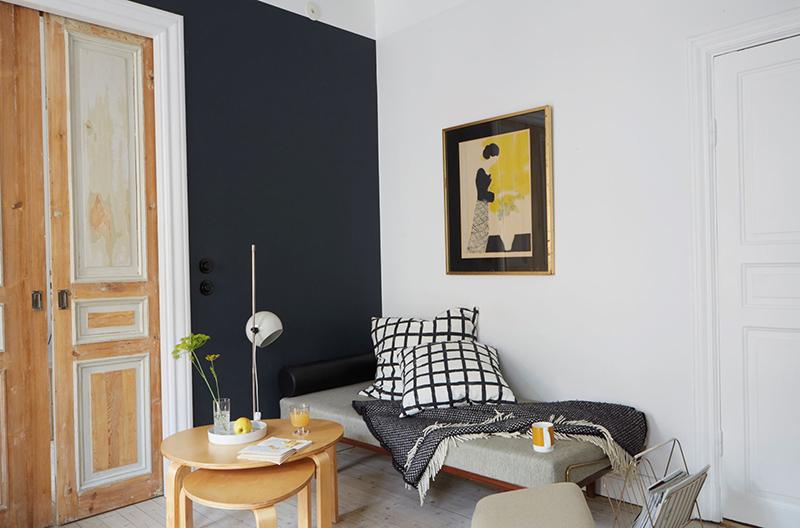 Un appartement suédois avec de bonnes idées gain de place // Mise en scène lagom