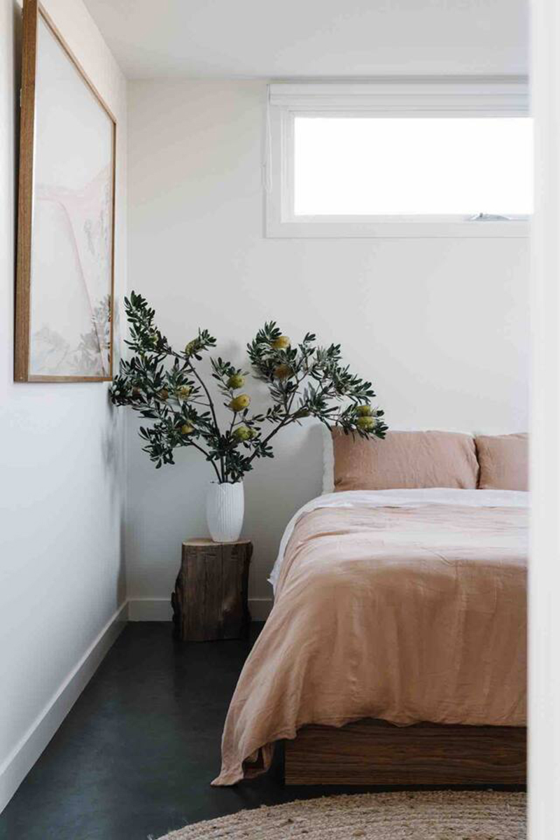 The Bungalow, Cap Paterson, Australie // Architecte : The Sociable Weaver // Chambre minimaliste