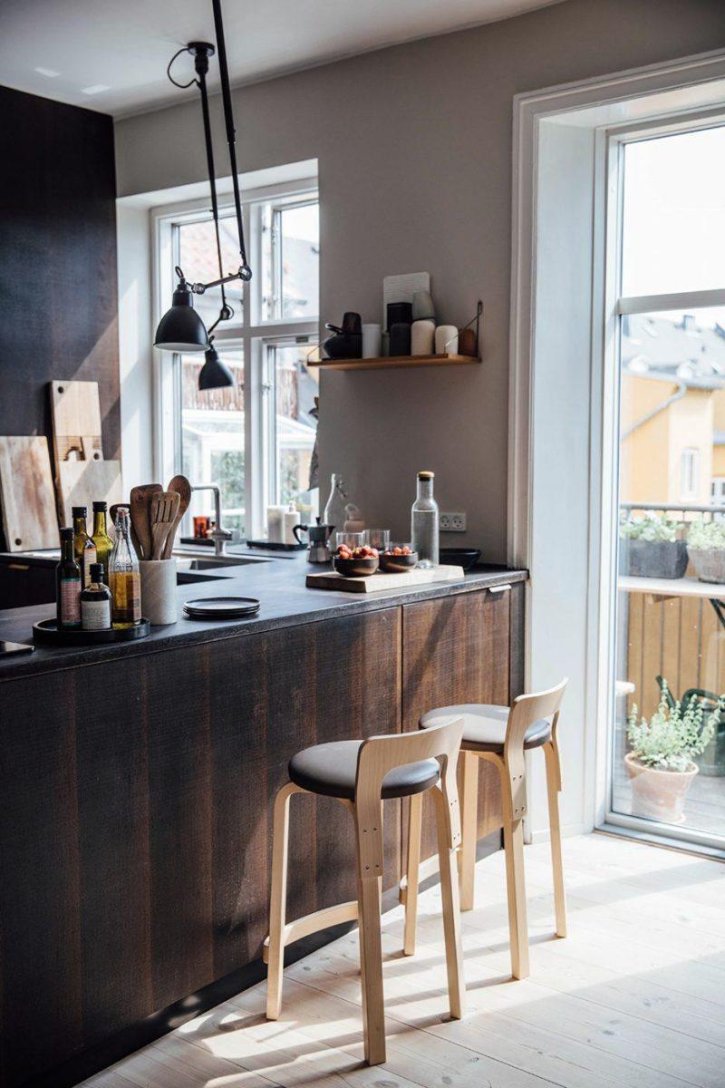 L'appartement de Line Borella à Copenhague, aménagé dans des combles - Ambiance rustique design