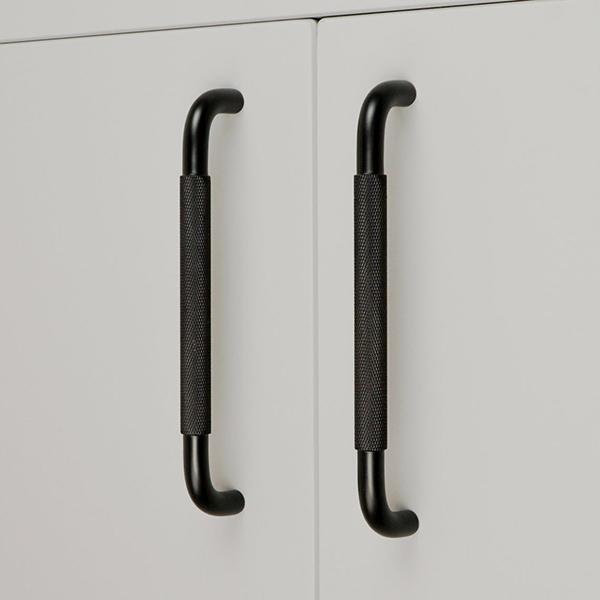 Poignées d'armoire en laiton, PlankHardware, à partir de 17 €