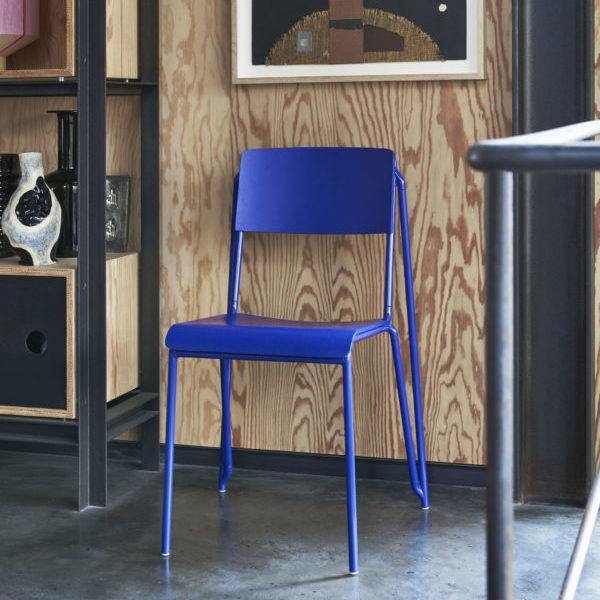 Chaise empilable, Petit Standard, design : Daniel Rybakken pour Hay