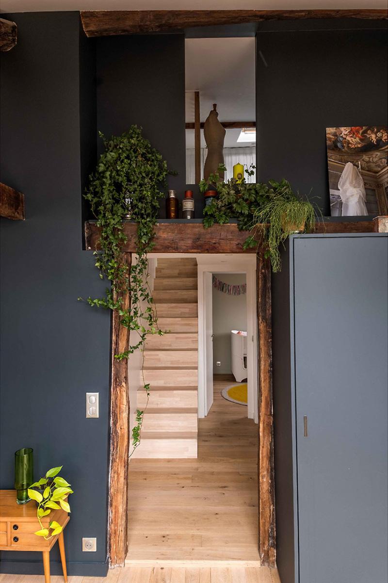 Combles rénovés par l'architecte Mélanie Gonin - Ambiance rustique brocante