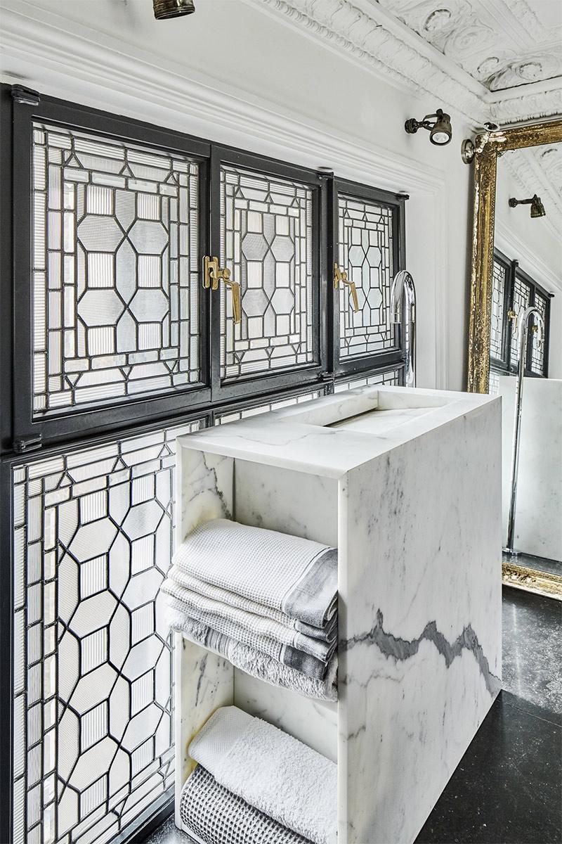 Lavabo meuble en marbre