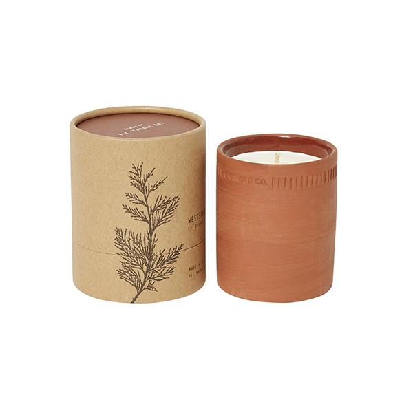 Bougie parfumée, Terra - Cèdre rouge - P.F. Candle Co