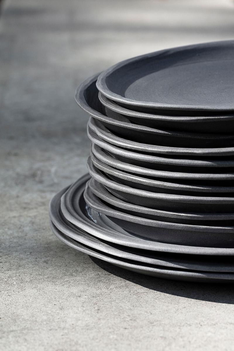 Des débris à la table Collection No.W par Revol