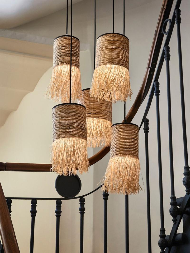 Suspensions abats jours cylindriques en raphia et bana, Formentera sur MBS Design, nouveau concept-store en ligne