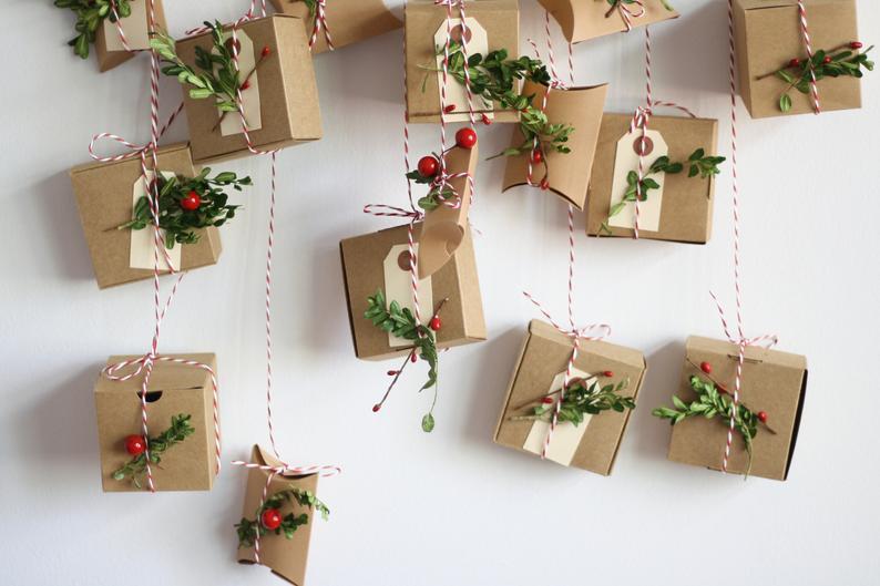 """Calendrier de l'Avent """"Petits cadeaux"""" par la boutique Etsy WildRoseAndSparrow"""