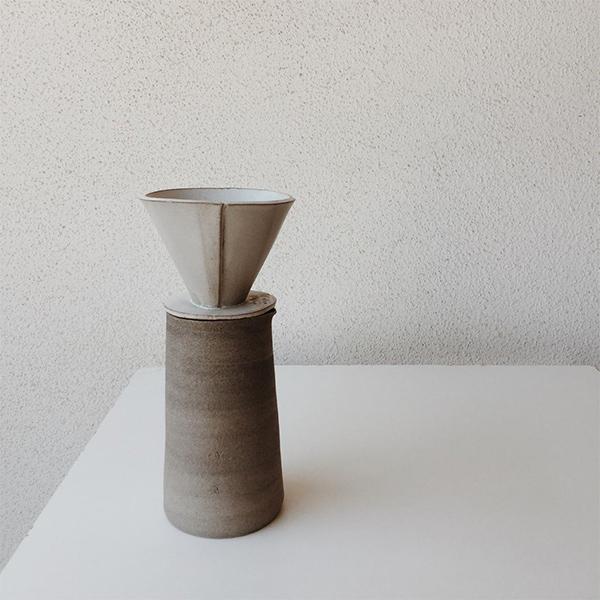 Carafe en céramique avec décanteur - Boutique Etsy Design Led Studio