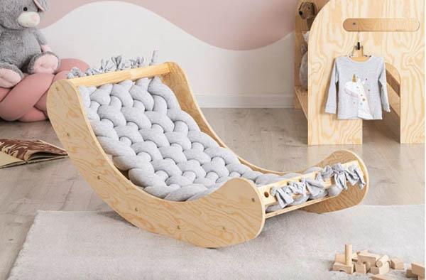 Chaise berçante pour bébé - Boutique Etsy Kidoo Crafts