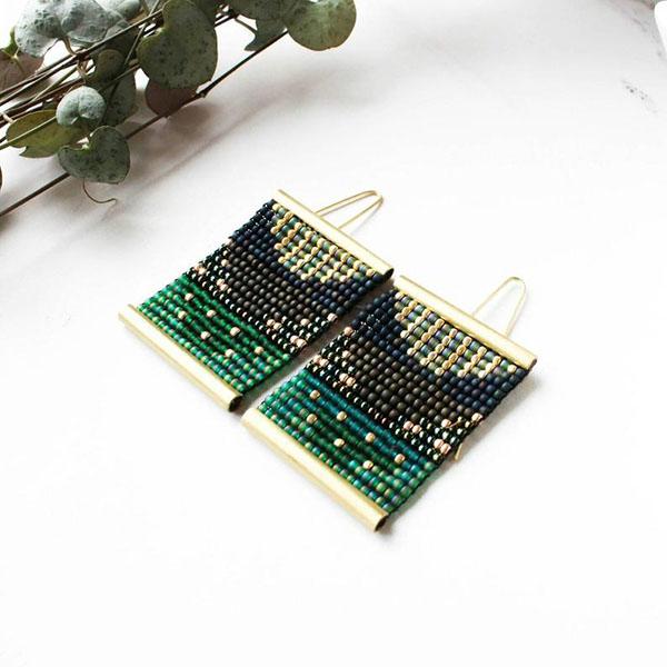 Boucles d'oreilles en perles vertes - Boutique Etsy Poli Studio Store