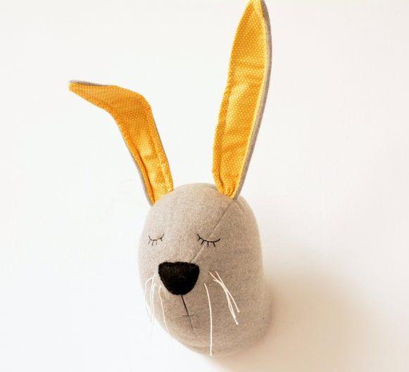 Décor de tête de lapin en tissu - Boutique Etsy Pen Hands