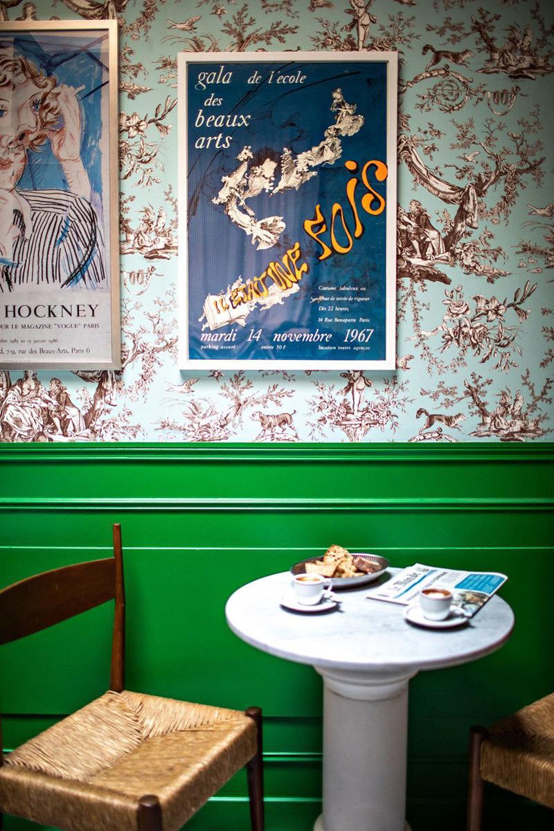 English style, l'art des mélanges excentriques ! // Hôtel Les deux Gares à Paris - Design intérieur : Luke Edward Hall