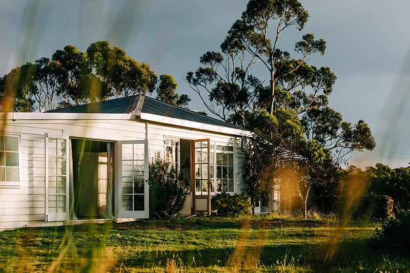 The Burrows, une chambre d'hôtes en Tasmanie // Un décor esprit campagne en bord de mer
