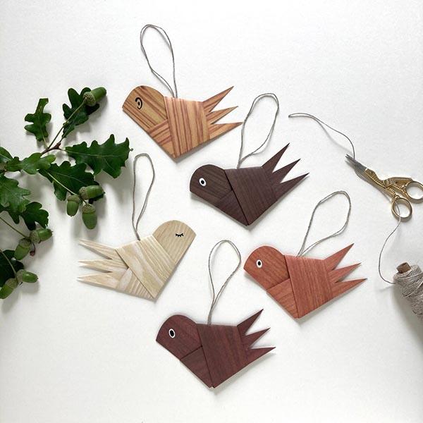 Ornement de Noël en papier, Oiseau sur la boutique Etsy The Only Bird We Like