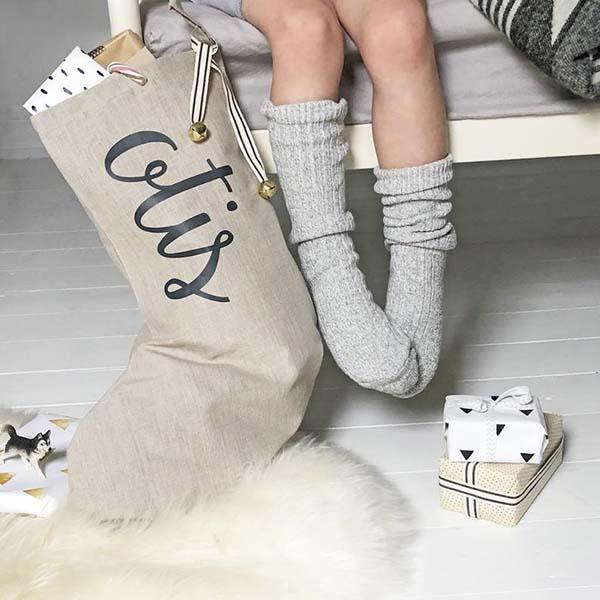 Grande chaussette à cadeaux de Noël personnalisable - Modo Creative sur Etsy