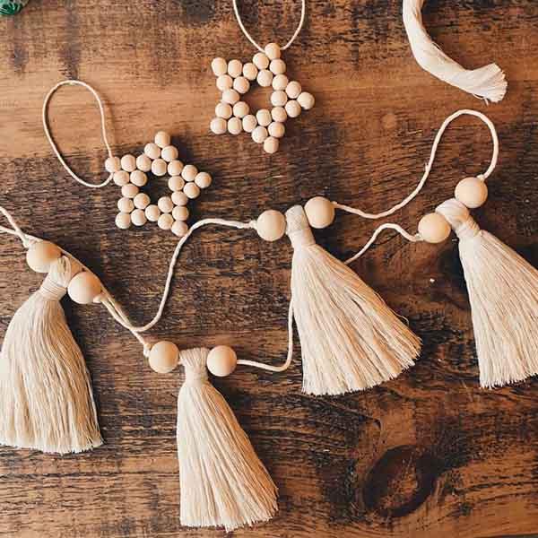 Etoile en perle de bois et gland - Daughters line sur Etsy
