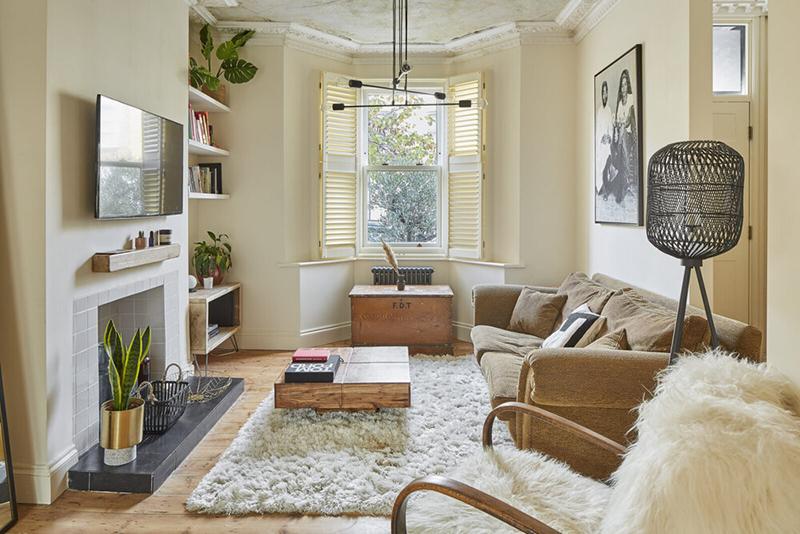 [ 3 décors imparfaits en blanc cassé et matériaux brut ] Un salon tout en tonalité de blanc cassé so hygge