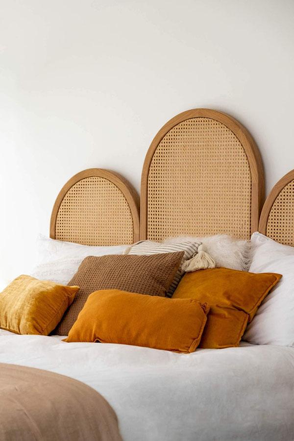 etsy-HappyPlaceTR_Tête de lit en bois w. Cane Webbing