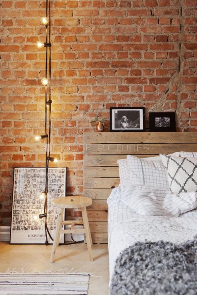 Une guirlande guinguette à suspendre du plafond pour éclairer un coin de chambre