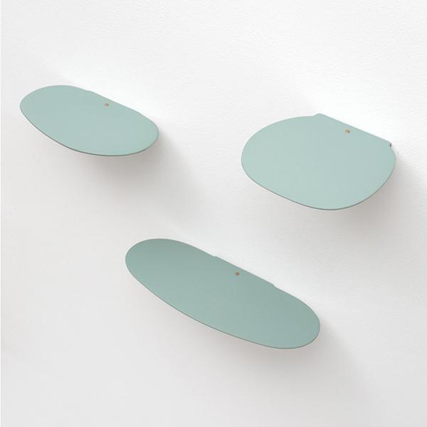 Etagères en céramique, Isola, design : Studio Brichetziegler pour Moustache