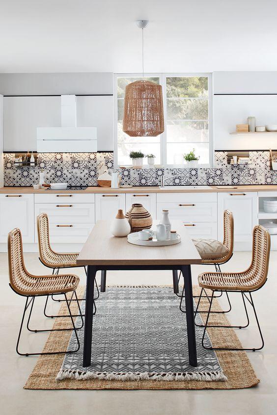 La cuisine en I // Cuisine Plus, modèle Vila blanc