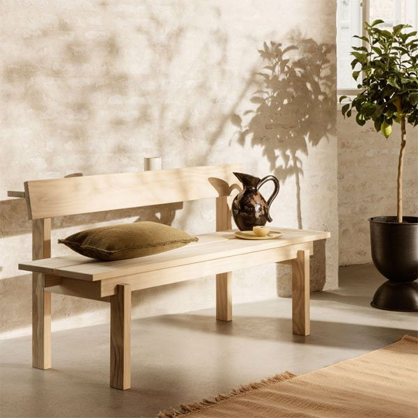 Banc en pin, outdoor, Peka, design : Trine Andersen pour Ferm Living